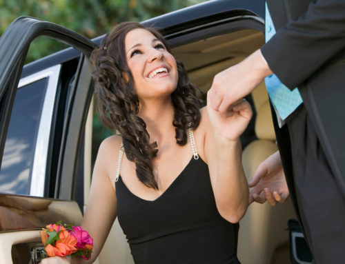 5 Reasons to Book a Limo Service for Your Teen's Prom