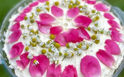 My Green Kitchen: Totally Decadent Chamomile Cake