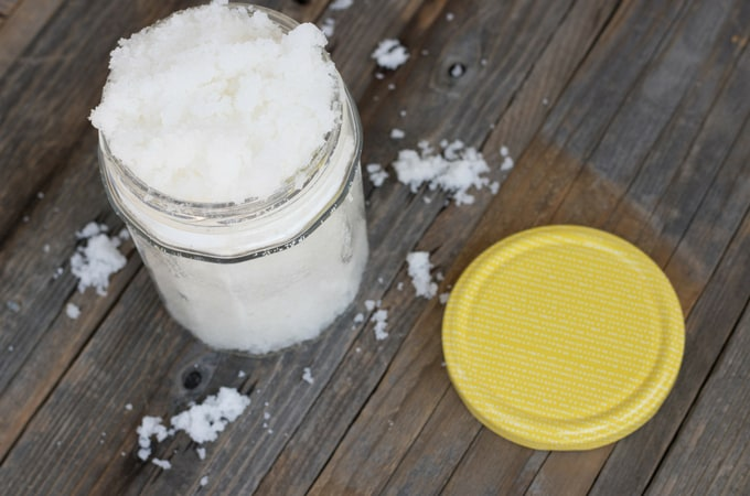 DIY Baby Oil Sugar Scrub + Summer Beauty Hacks