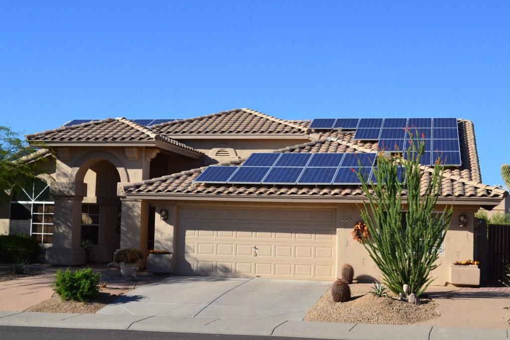 SunStorm Construction - Solar Energy