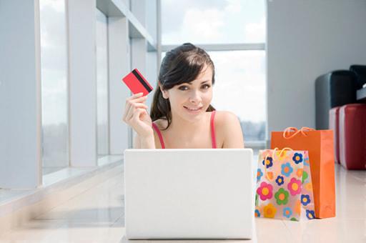 クレジットカードは利用できる?