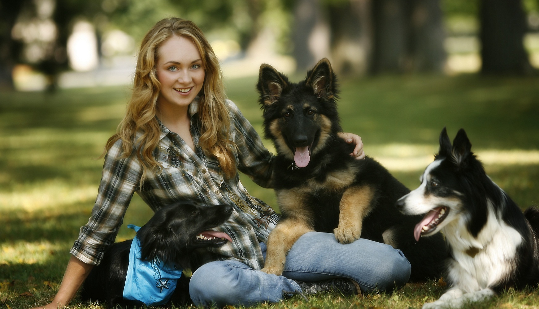 Very Cute Baby Girl Wallpapers Hd Amber Marshall Hottest Pics In Bikini Hd Wallpapers