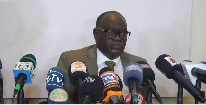Levée de fonds :Me El Hadj Diouf défend Antoine Diome et attaque Pastef et Sonko (Senego TV)ParAmath DIOUF 06/01/2021 à 17:24