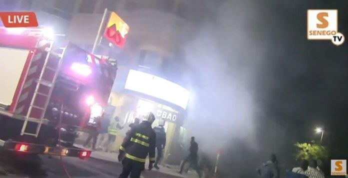 Direct : La Rfm saccagée par des manifestants (Senego Tv)ParAmath DIOUF 04/03/2021 à 21:53