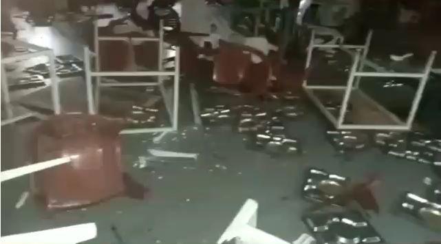 Restos vandalisés à l'Ucad : Scène de corrida violente contre le savoir (Vidéo)ParMangoné KA 08/06/2021 à 11:53
