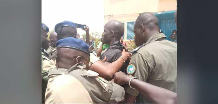 Voici les images de l'arrestation de Boy Djinné