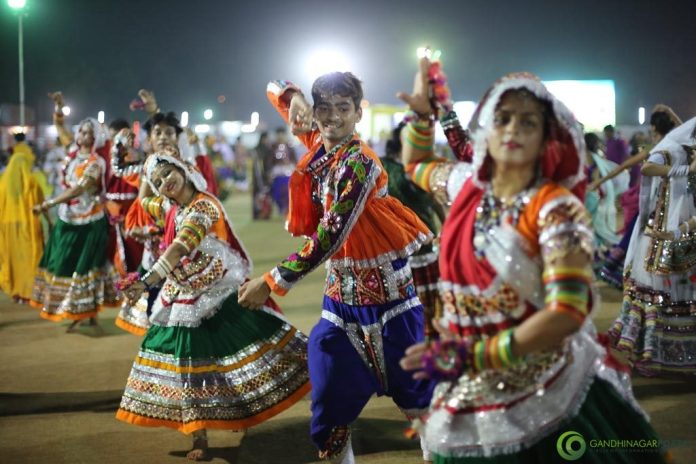/MGUJ-GAN-OMC-LCL-womans-commission-eye-on-garba-organised-for-woman-security-in-gujarat-gujarati-news-