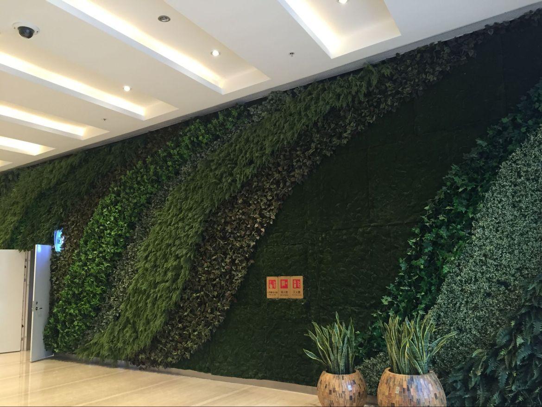 artificial vertical wall-interior