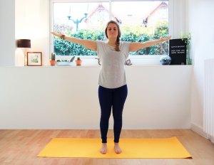 Relâchement du mental en Tadasana (la Montagne) yoga contre stress anti stress évacuer stress anxiété