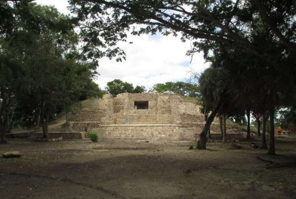 Santa Rita Corozal (www.chactemal.com)