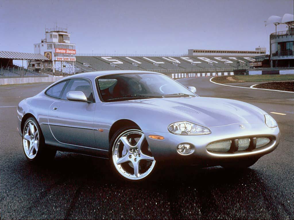 2000 jaguar xkr silverstone