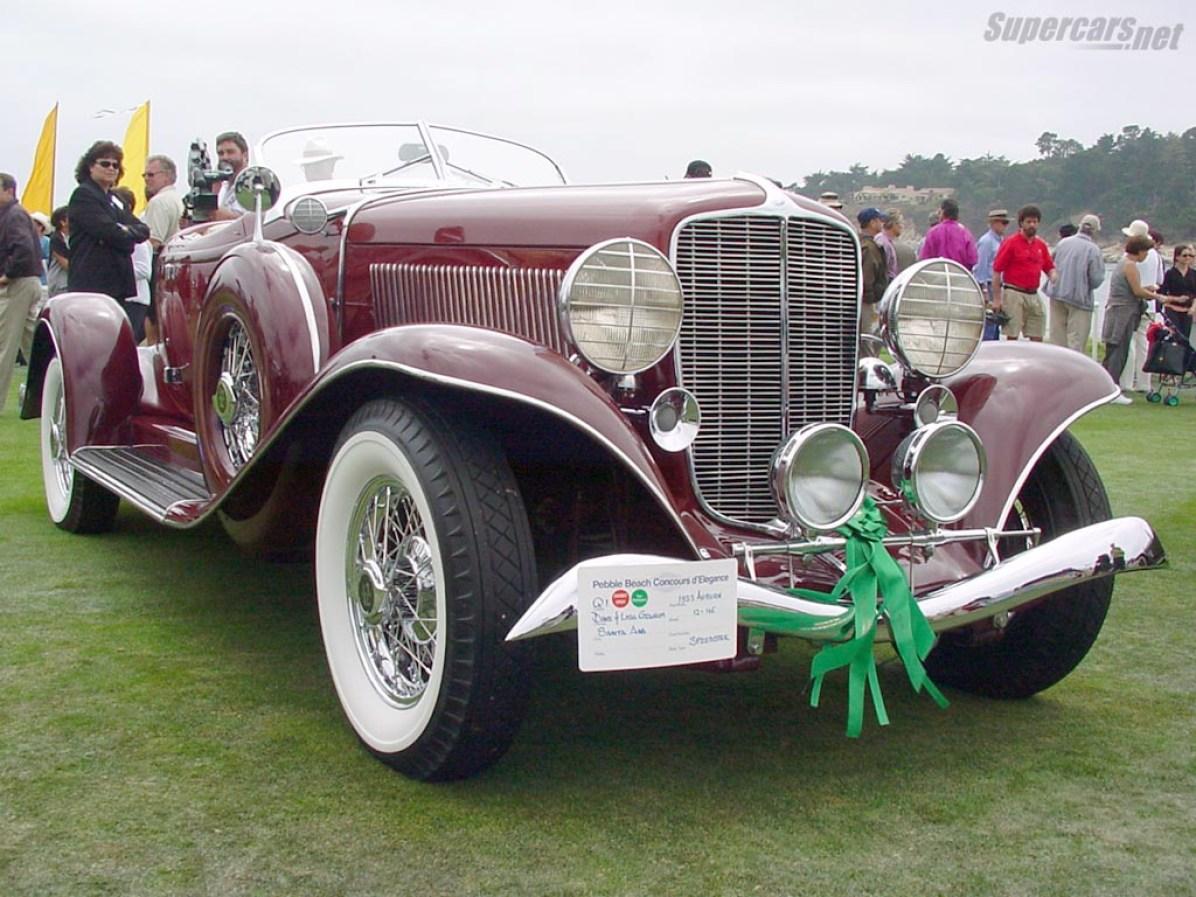 1933 Auburn 12-165 Salon