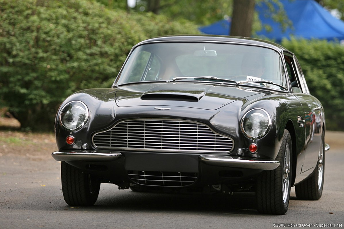 1960_AstonMartin_DB6Vantage1