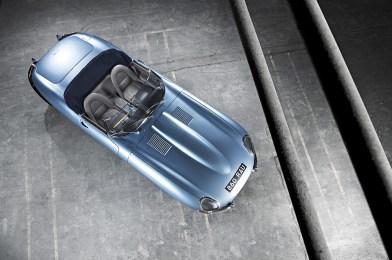 1961_Jaguar_EType38Roadster-1-1024