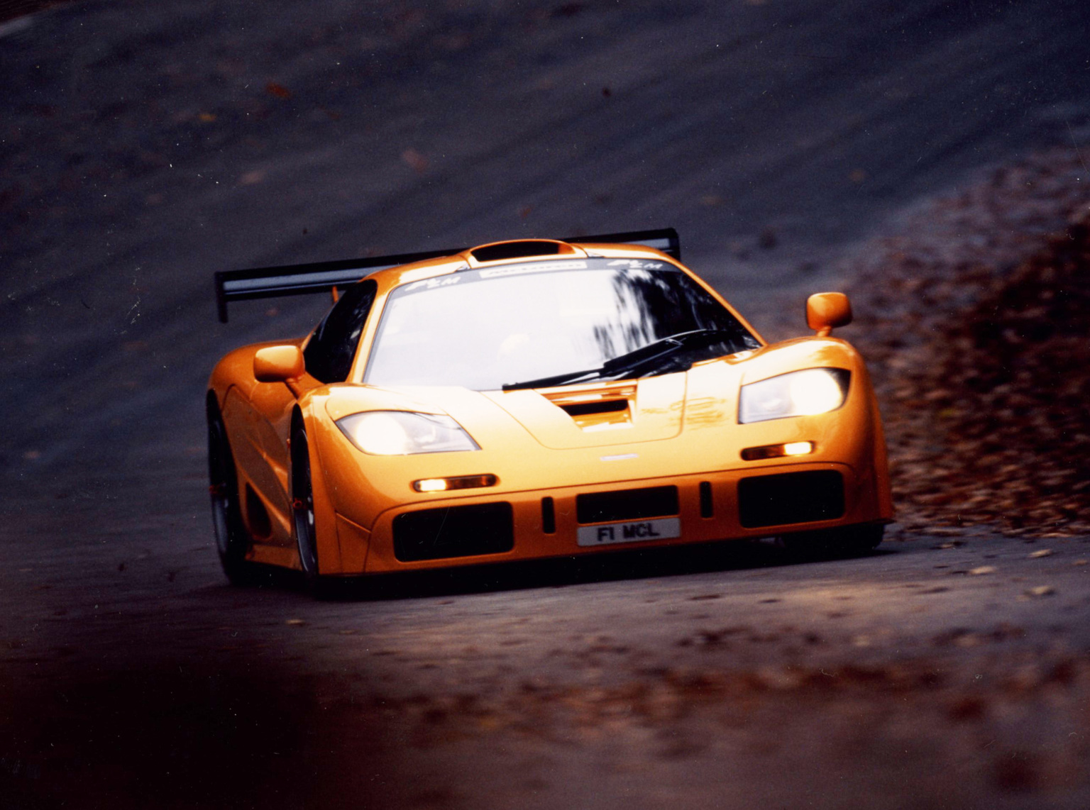 All In One Super Cars Wallpapers 1995 Mclaren F1 Lm Mclaren Supercars Net