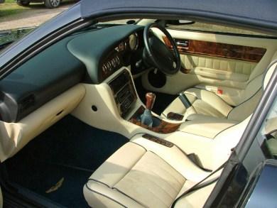 2000 Aston Martin V8 Vantage Volante Special Edition