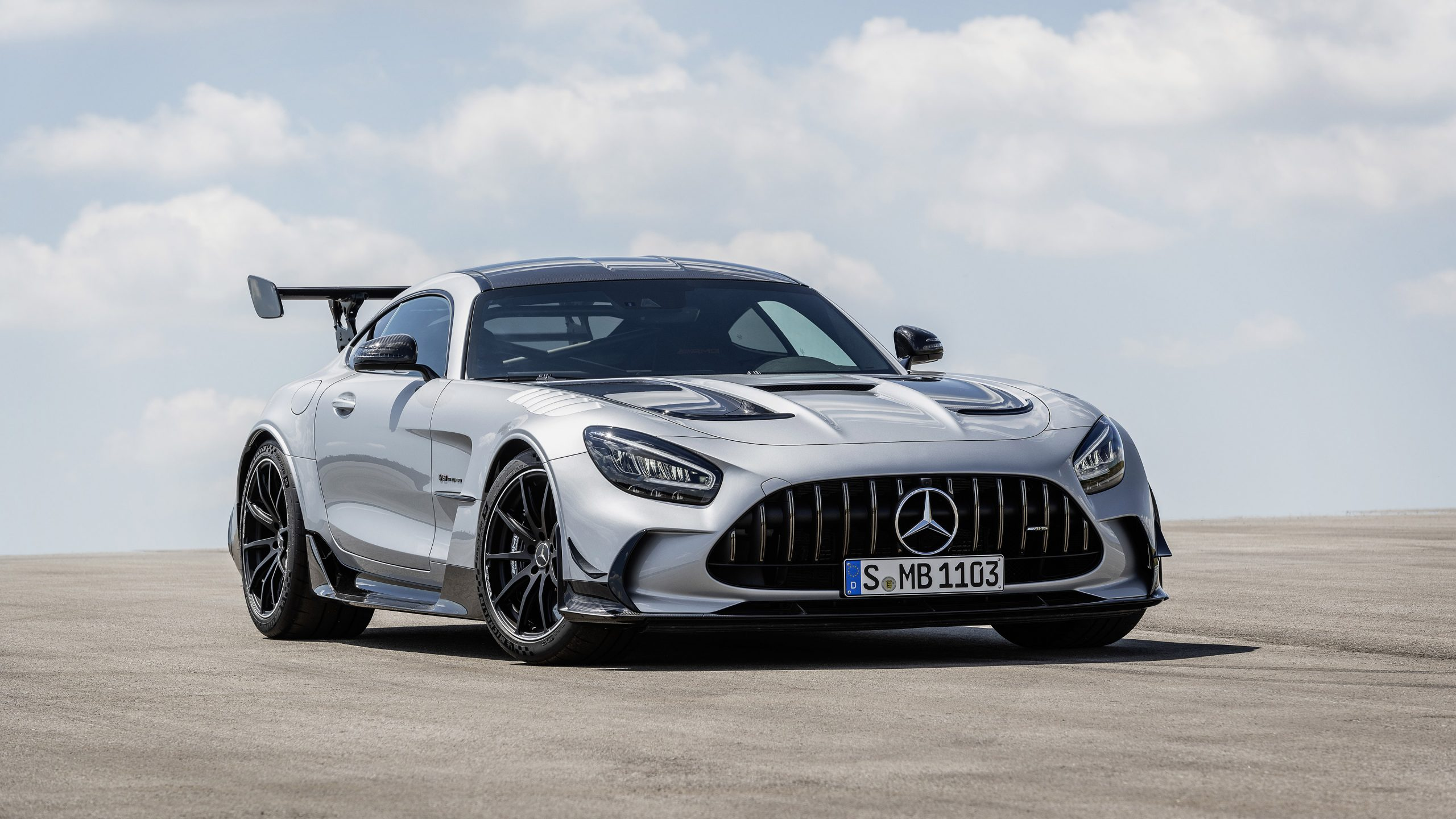 We've researched the best options so that you can find the right one for you. 2021 Mercedes Amg Gt Black Series Wallpapers Supercars Net