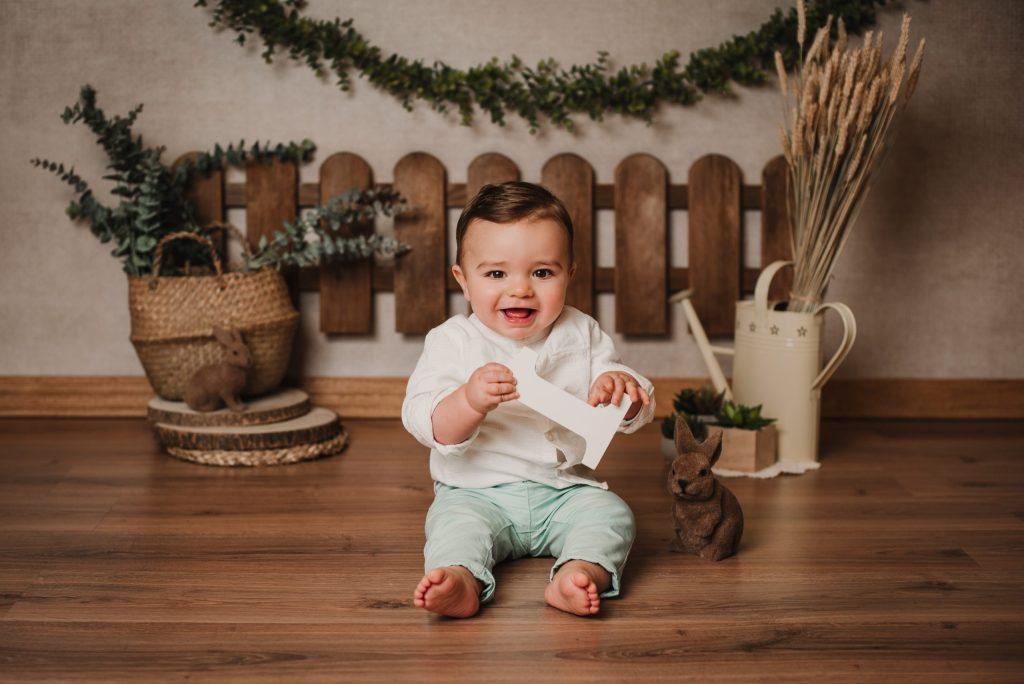 bebe de 1 año en su primer cumple supercastizo