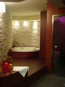 Hotel Cristal Palace Hotel a MADONNA DI CAMPIGLIO provincia di TRENTO