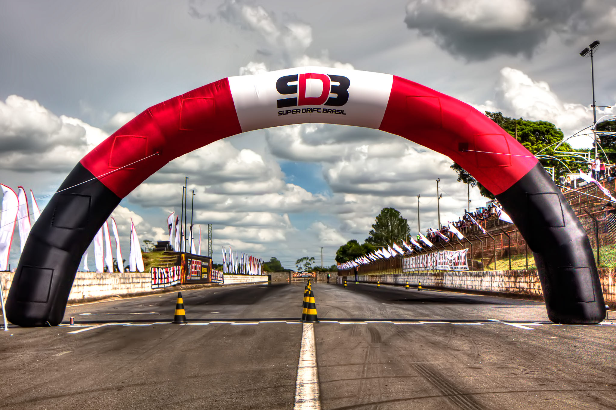 Pórtico e Largada da 1ª Etapa do Super Drift Brasil em Piracicaba