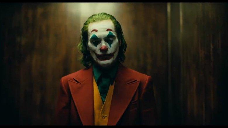 Joker in Elevator