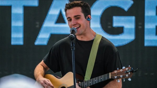 Stephen-Puth2-600x338-1.png