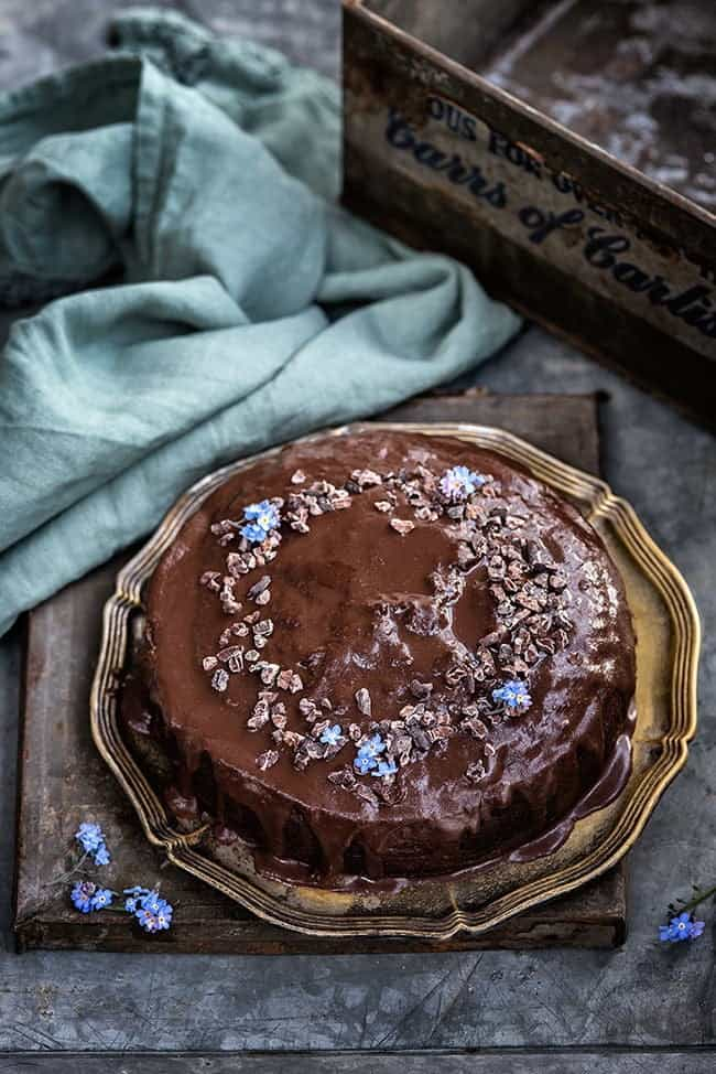This simple chocolate, date and coffee cake with chocolate glaze will satisfy all your chocolate/coffee cravings!
