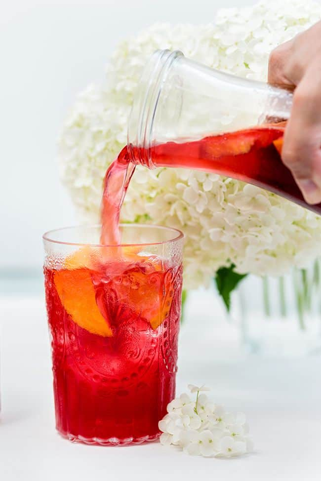 Hibiscus and redcurrant iced tea – a perfectly refreshing summer drink | Supergolden Bakes