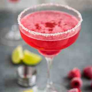 Raspberry and Champagne Tommy's Margarita. Delicious, gorgeous and refreshing - the perfect party cocktail.