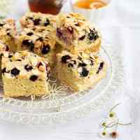 Blueberry and Almond Traybake