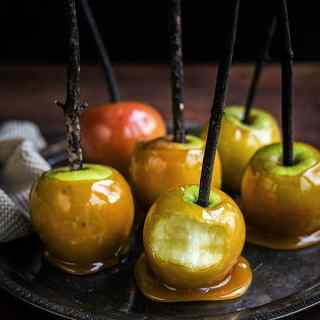 How to make delicious toffee apples for Halloween