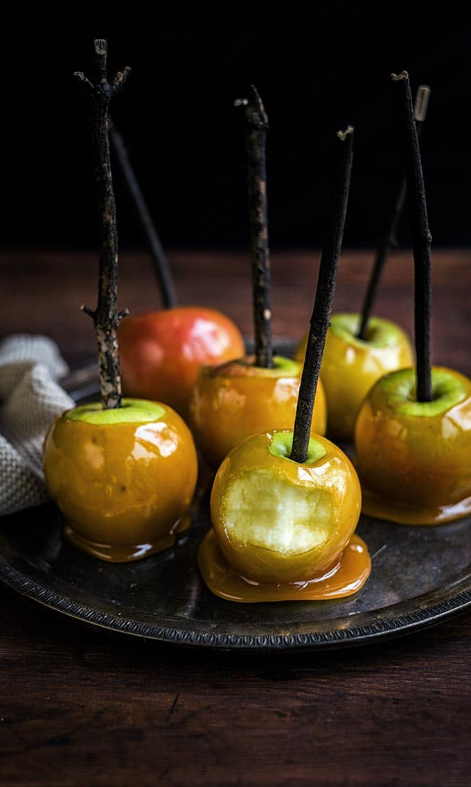 Make delicious toffee apples for Halloween or Bonfire night