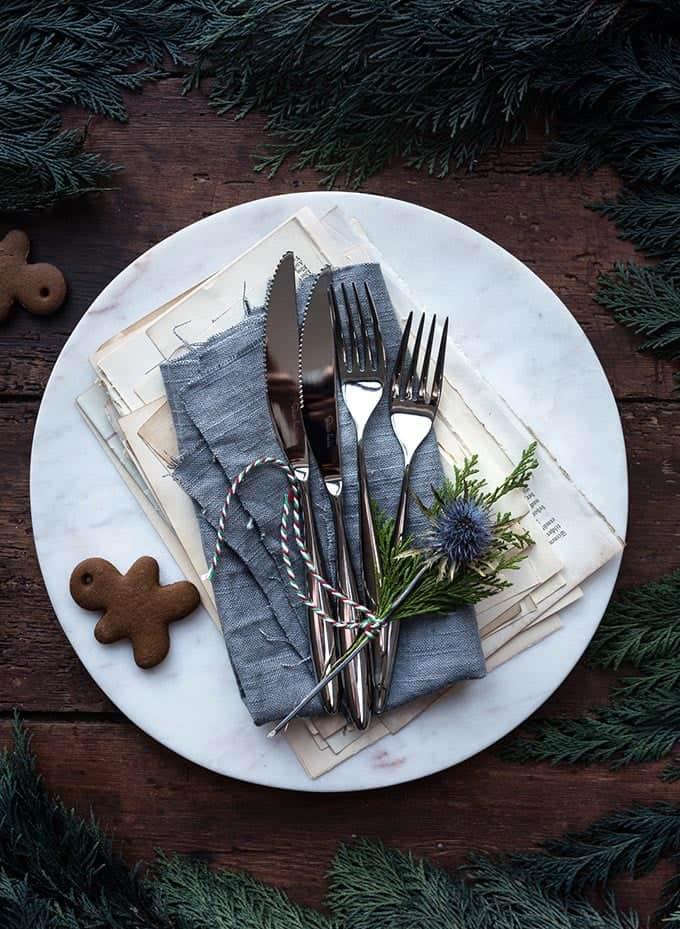 The art of Christmas entertaining - table setting