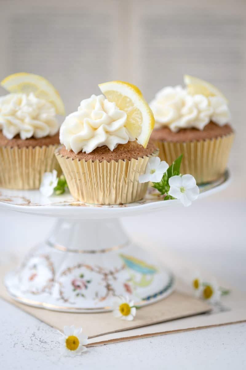 Lemon and elderflower cupcakes