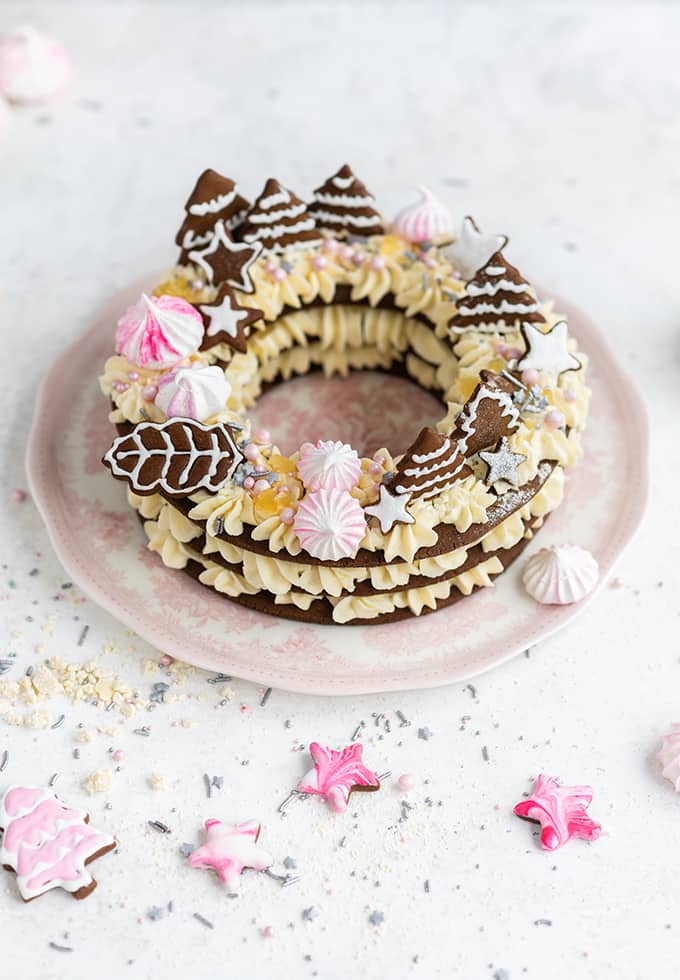 Gingerbread letter cookie wreath