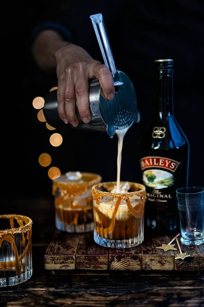 Baileys White Russian cocktail