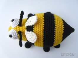 Crochet Bee Top View