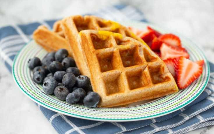 waffle with egg and berries