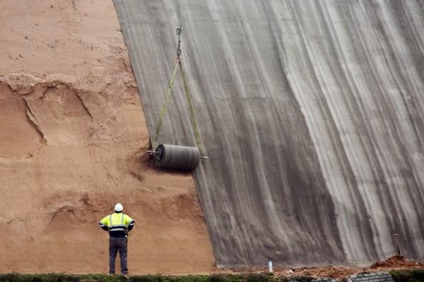 concrete-canvas-slope-protection-600x400