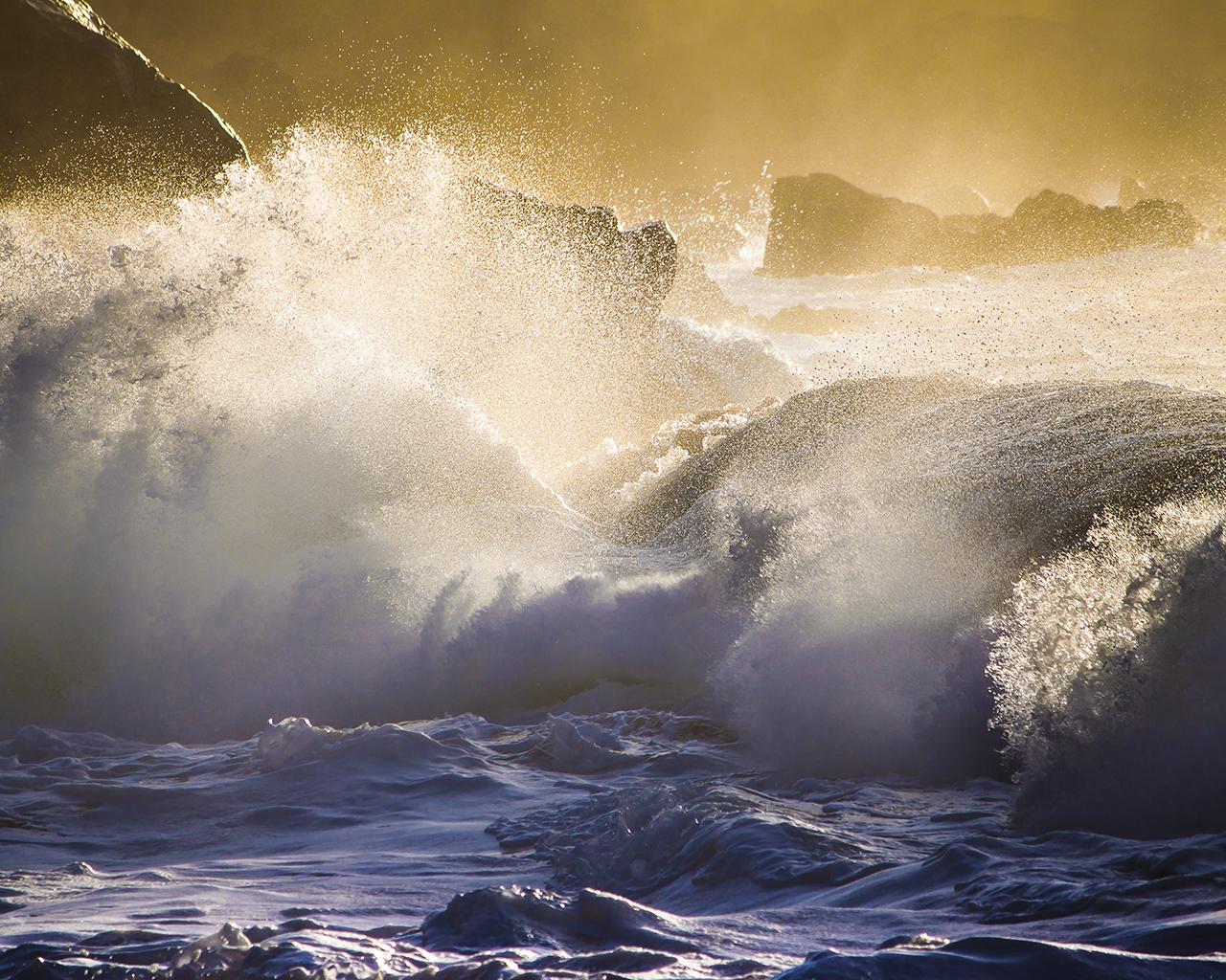 Cute Cartoon Food Wallpapers Large Waves Hit The Rocks Water Wallpaper