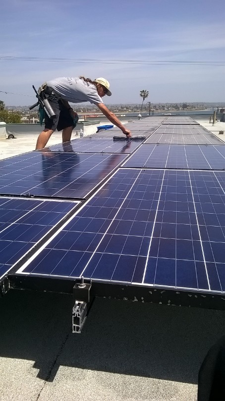San Diego Solar Panel Cleaning
