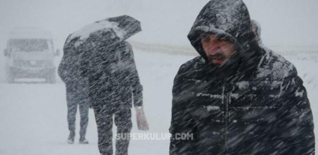 İstanbul'a şiddetli kar geliyor, sıcaklık 15 derece düşecek
