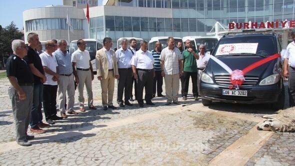 burhaniye belediyesi dogan celik - Doğan Çelik cenaze aracı bağışladı