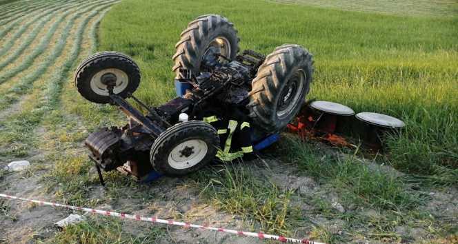 Manisa'da traktör devrildi: 1 kişi hayatını kaybetti