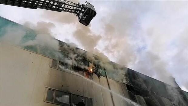 Silivri'deki fabrika yangını söndürüldü