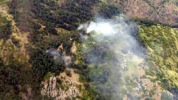 Spil Dağı Milli Parkı'nda yangın; havadan ve karadan müdahaleyle söndürüldü