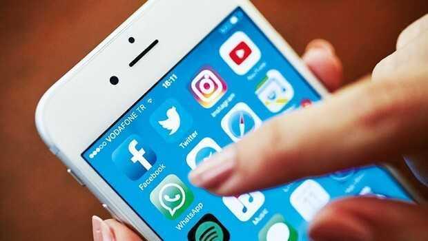 WhatsApp'tan geri adım! Gizlilik sözleşmesi Türkiye'de uygulanmayacak