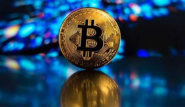 Bitcoin'e bir darbe daha geldi