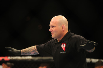 Josh Rosenthal (foto) foi preso por tráfico de drogas. Foto: Josh Hedges/UFC
