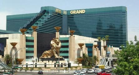 O suntuoso MGM Grand Hotel & Casino costuma abrigar milionários eventos de MMA e boxe